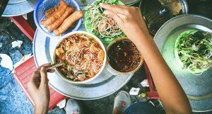 Truy lùng top 5 quán bún riêu ngon Hà Nội nổi tiếng lâu đời